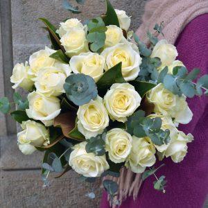 buy-white-roses-barcelona