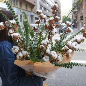 cotton-flower-arrangement