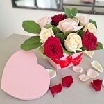 heart-box-roses