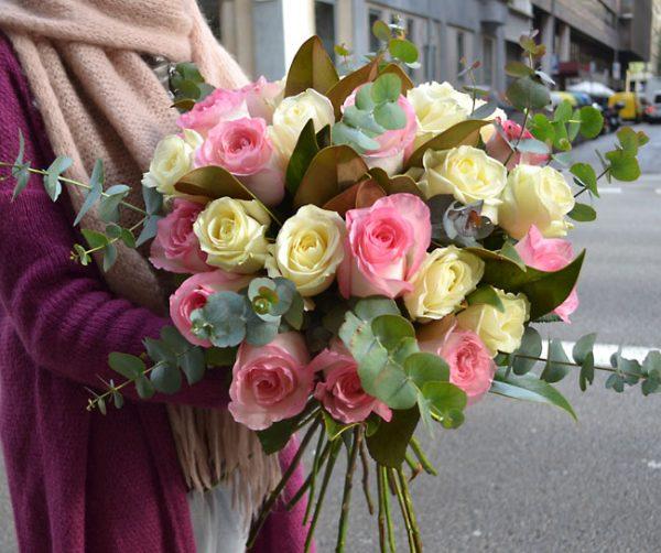 soft-roses-delivery-barcelona