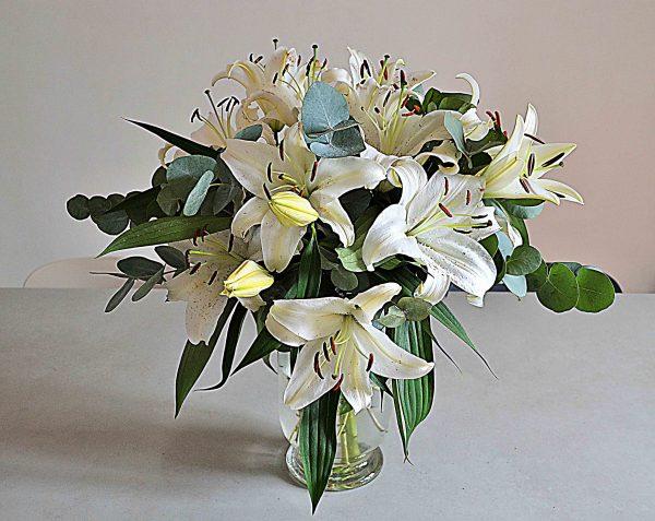 white-lilies-barcelona