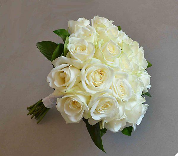 bouquet-bride-roses-white-cheap