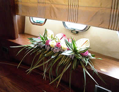 yacht-flowers-barcelona