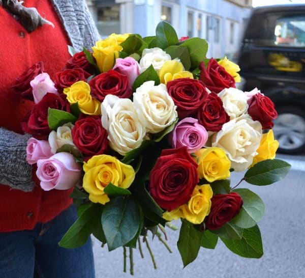 mixed-roses-arrangement-barcelona