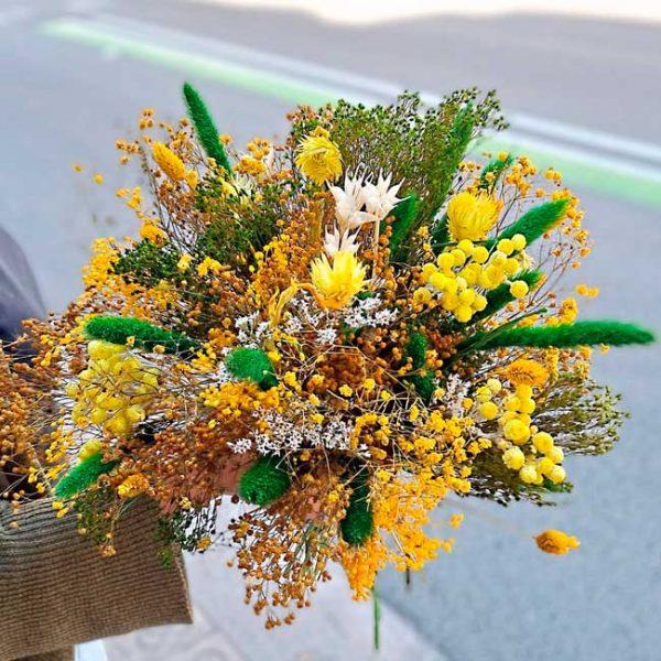 yellow-dry-flowers