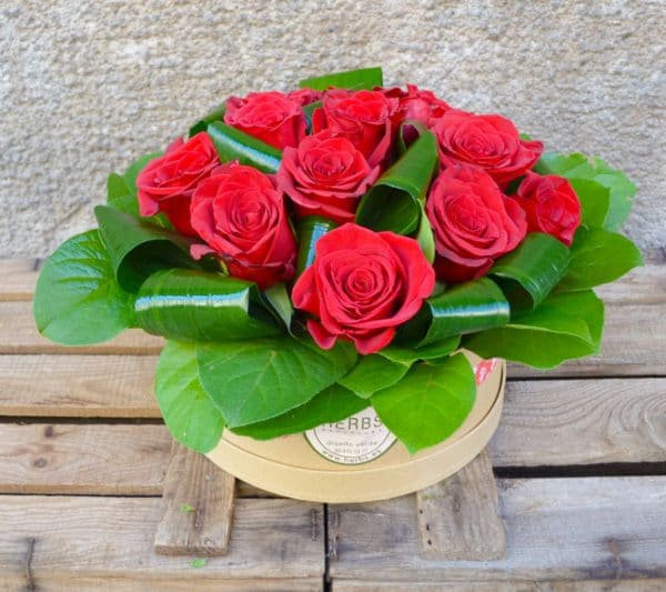 red-rose-box