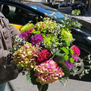flower-bouquet-delivery