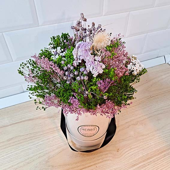 pink-lila-dried-arrangement