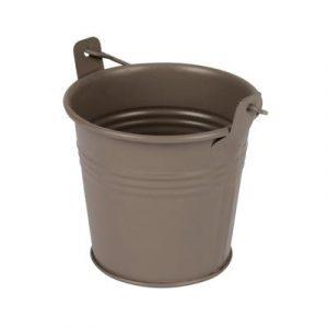 brown-metal-po