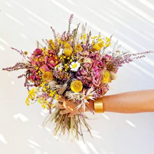 dried-flowers-arrangements